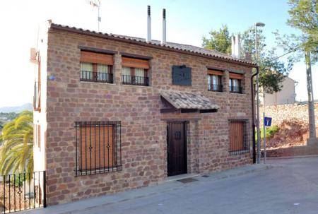 Fincas / Casa Rural  (Urlaub am Land) CASES RURALS EL CASTELL