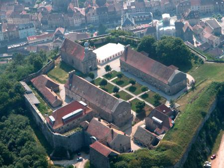 Fort Saint André, Village Vauban