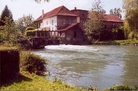 LE MOULIN DE FILLIEVRES