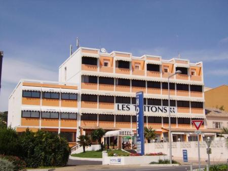 Hotel HOTEL LES TRITONS