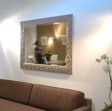 HOTEL EN VILLE
