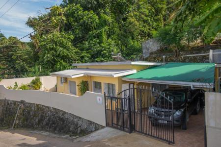 Cotton rose self catering  Mahé Seychelles