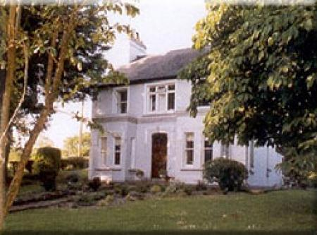Riverside Farm B&B and Self Catering Bungalow