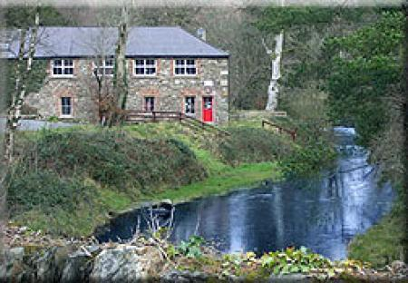 Glendalough River House