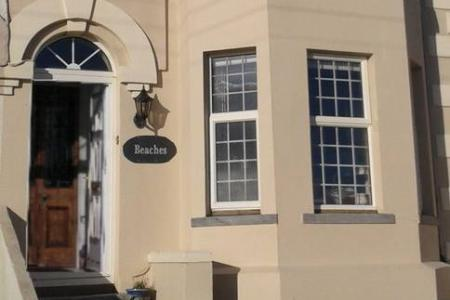 Pension Beaches Guest House Bed and Breakfast