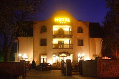 Hotel Dwork Skawiński