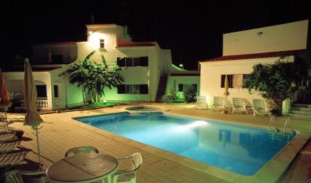 DONA ANA GARDEN - Alojamento / Accommodation / Alojamiento - Lagos Algarve Portugal
